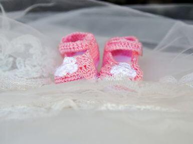 Horgolt ruhák kisbabáknak